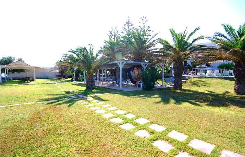 Kordistos Hotel - Terrace - 6