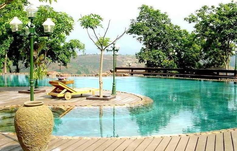 Phu Pha Nam Resort & Spa - Pool - 7