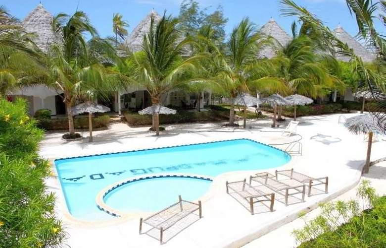 La Madrugada Beach Hotel & Resort - Pool - 13