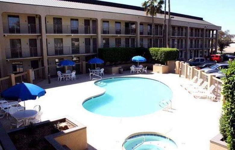 Best Western Phoenix I-17 Metrocenter Inn - Hotel - 8