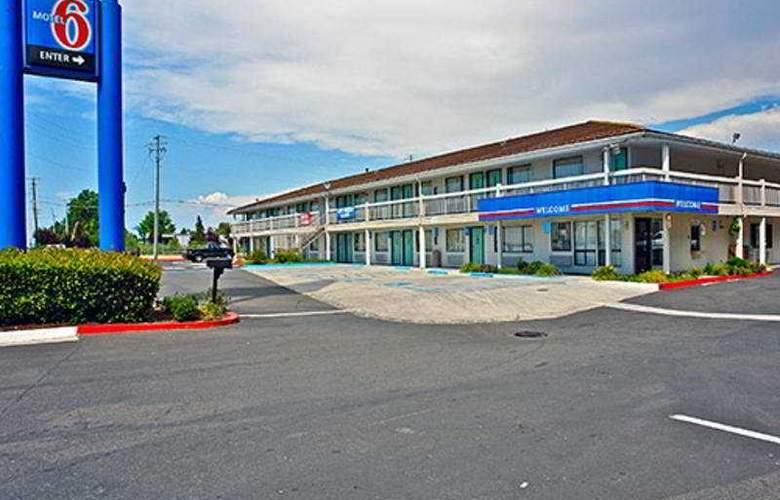 Motel 6 Medford North - General - 1