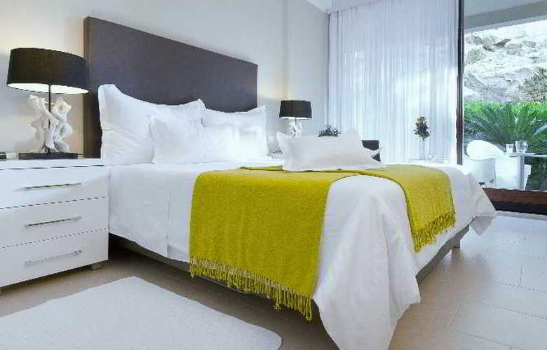 The Residence - Room - 0