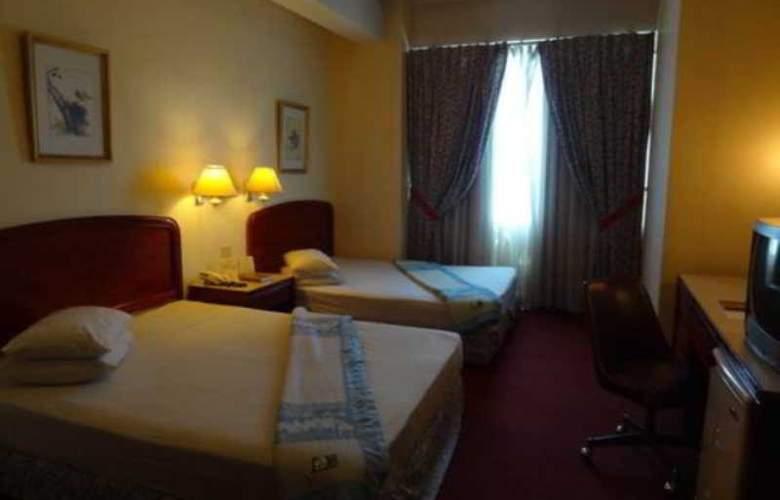 Great Eastern Hotel Makati - Room - 4