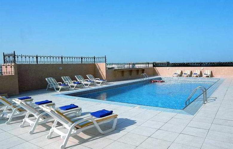 Dar Al Sondos Hotel Apartments By Le Meridien - Pool - 6