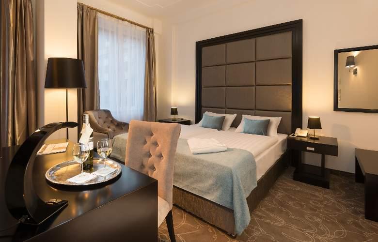 Arcadia Hotel Budapest - Room - 13