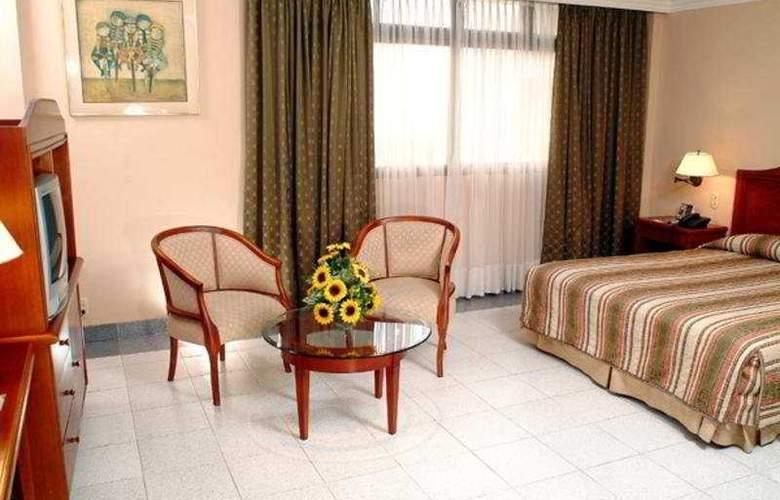 City House Puerta del Sol - Room - 3