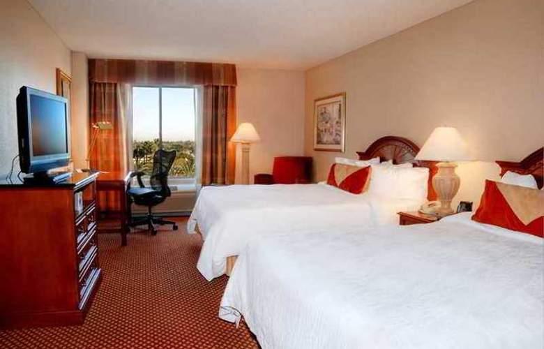 Hilton Garden Inn Anaheim/Garden Grove - Hotel - 2