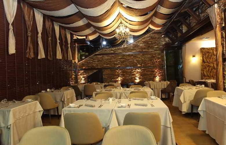 Premier Luxury Mountain Resort - Restaurant - 23
