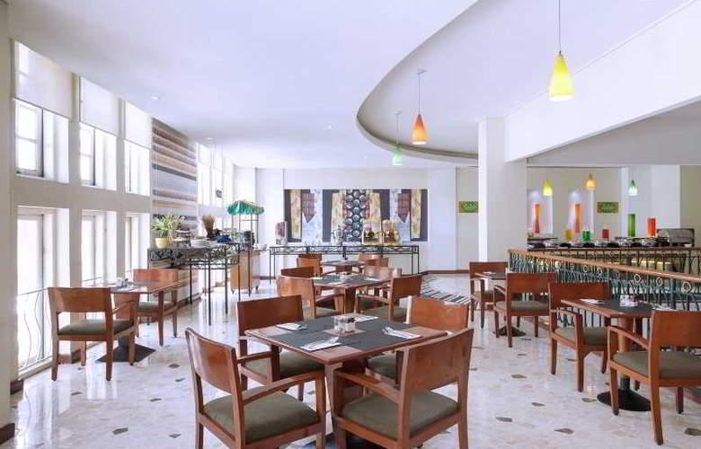 Ibis Rajawali - Restaurant - 24