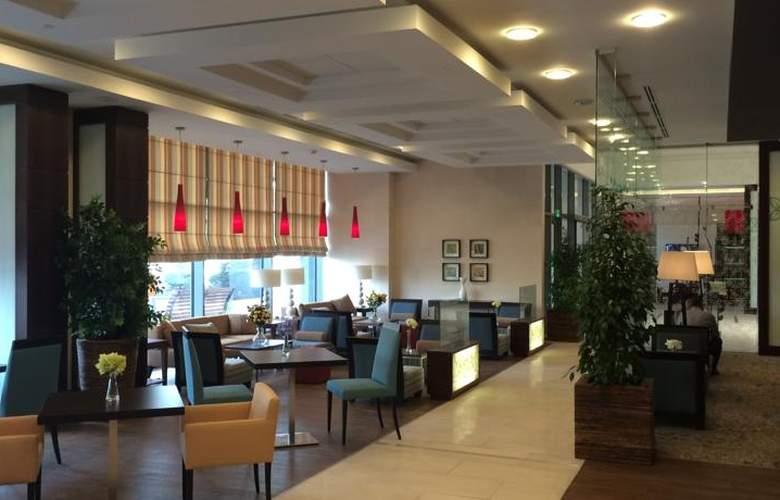 Hilton Garden Inn Astana - General - 11