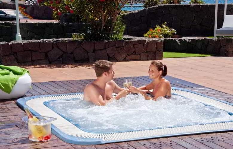 Pueblo Marinero - Pool - 12