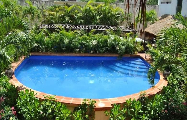 La Pasion Boutique Hotel - Pool - 34