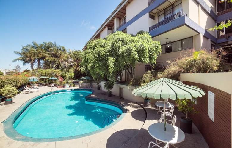 Villa Tournon - Pool - 3