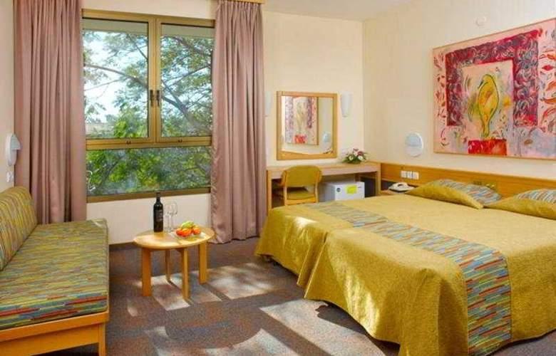 Kibbutz Shefayim - Room - 2
