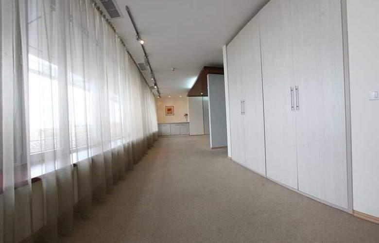 Savoy - Room - 17