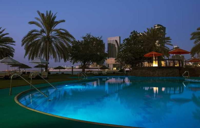 Le Meridien Abu Dhabi - Pool - 28