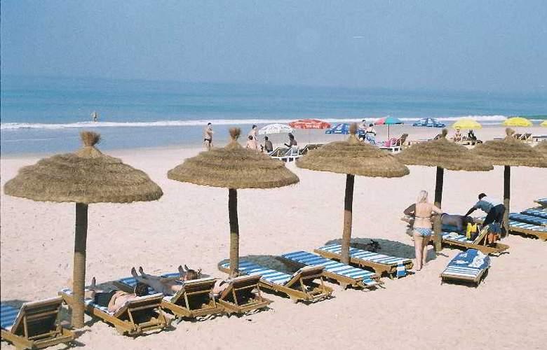 Coconut Grove - Beach - 21