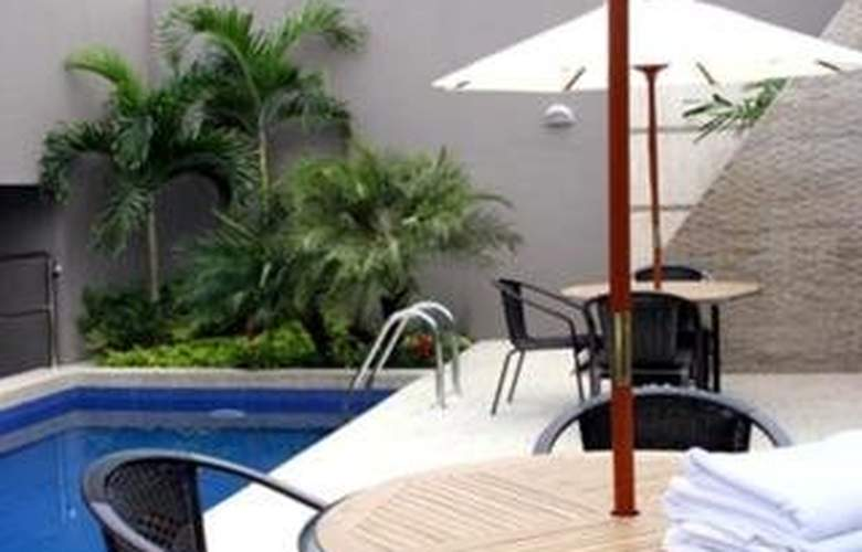 Courtyard by Marriott Guayaquil - Pool - 3