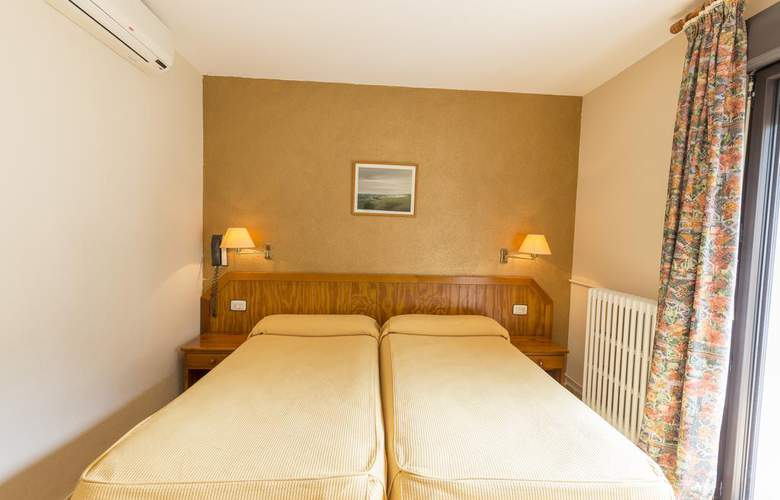 Paris Hotel - Room - 8