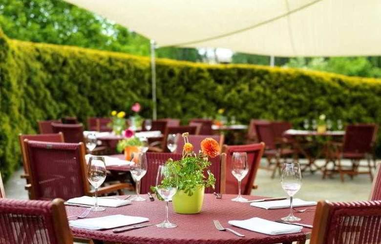 Regent Warsaw Hotel - Terrace - 19