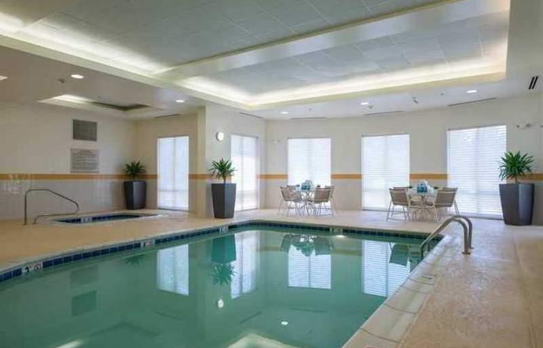 Hilton Garden Inn Lynchburg - Hotel - 3