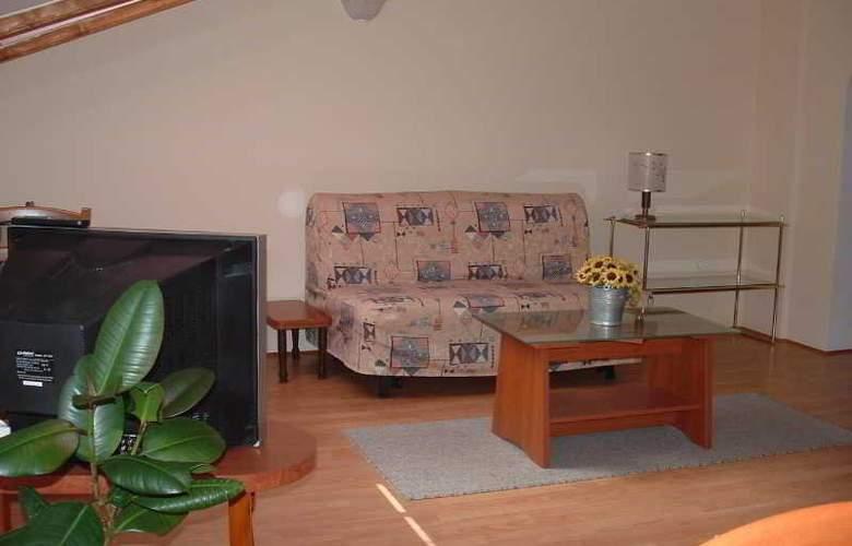 Apartmani Ivanka - Room - 13