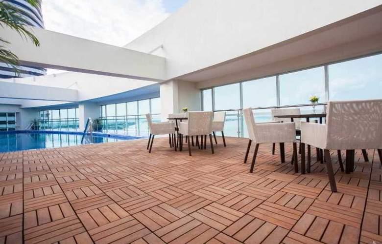 Wyndham Guayaquil - Terrace - 26