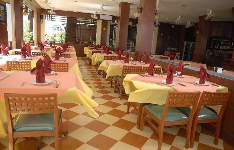 Outdoor Inn & Restaurant Kata Beach - Restaurant - 9