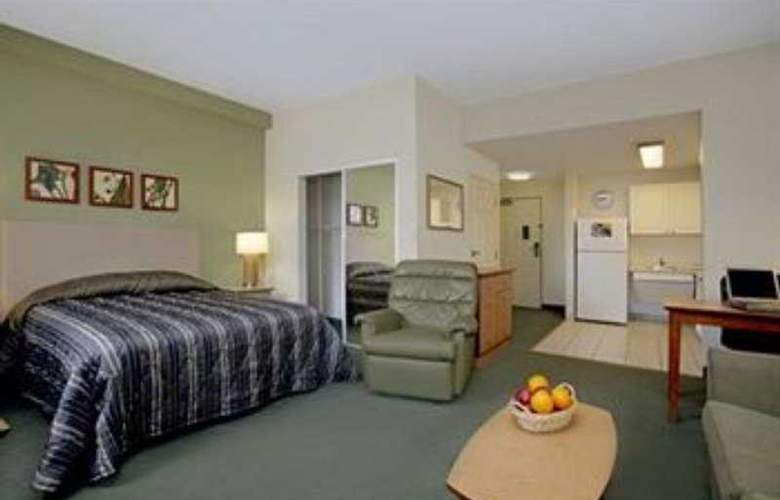 Extended Stay Deluxe Universal - Room - 4