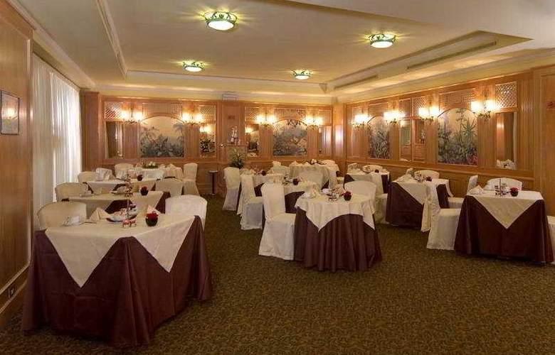 ADI Doria Grand Hotel - Restaurant - 10