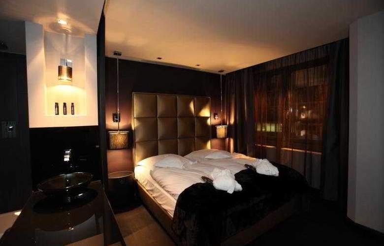 Roomers - Room - 5
