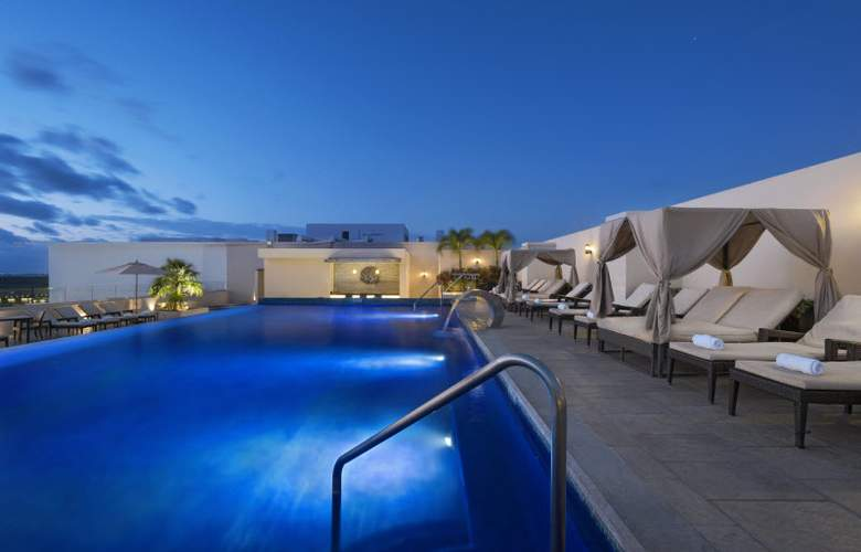 Four Points by Sheraton Cancun Centro - Pool - 3