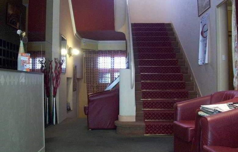 Le Bretagne - Hotel - 0
