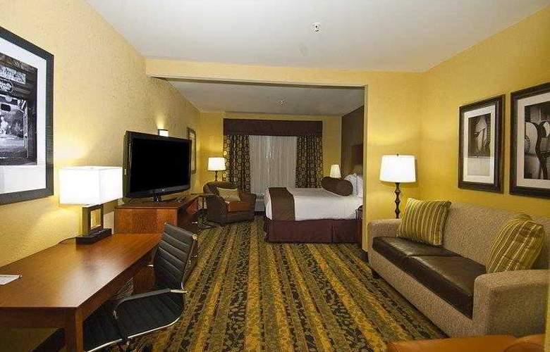 Best Western Tupelo Inn & Suites - Hotel - 0