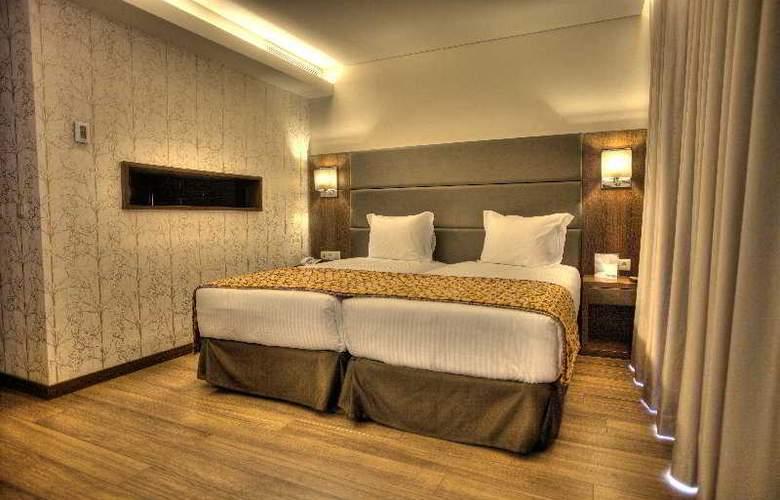 Eurostars Oporto - Room - 9