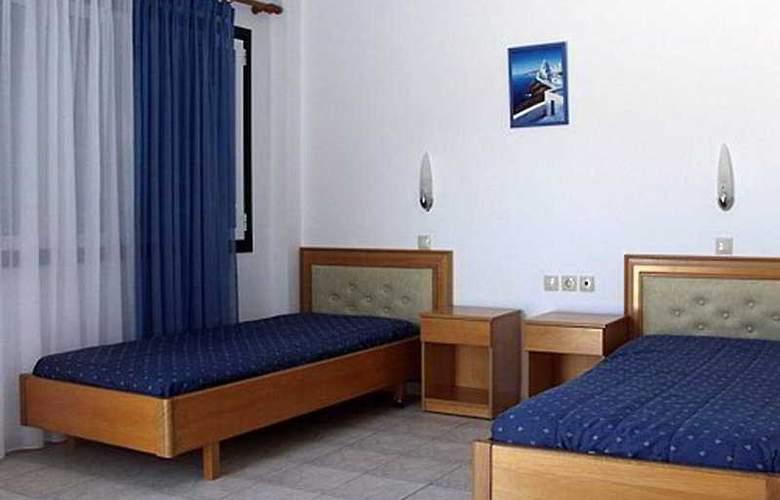 Mary Sofi - Room - 2