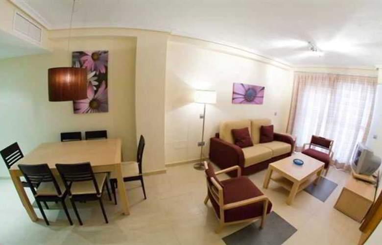 Suite Hotel Puerto Marina - Room - 11