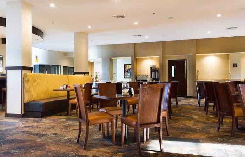 Best Western Premier Monterrey Aeropuerto - Hotel - 6