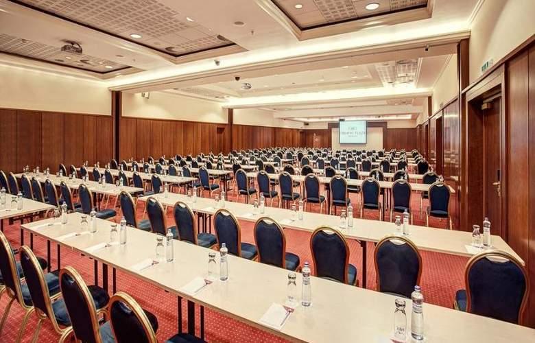 Crowne Plaza Bratislava - Conference - 10
