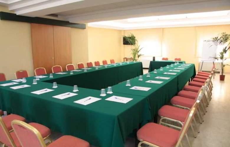 San Francesco - Conference - 10