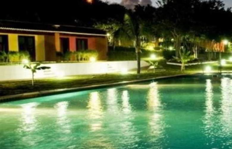 Caju Montebello - Pool - 5