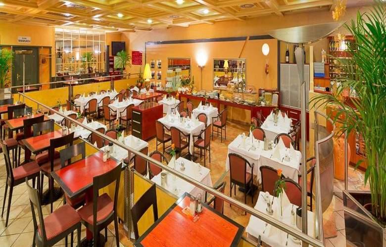 Vienna Sporthotel - Restaurant - 23