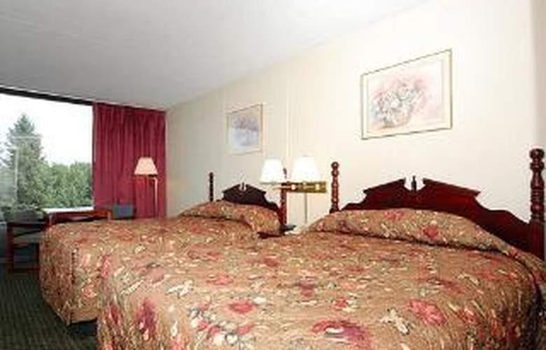 Econo Lodge Inn & Suites Outlet Village - Room - 3