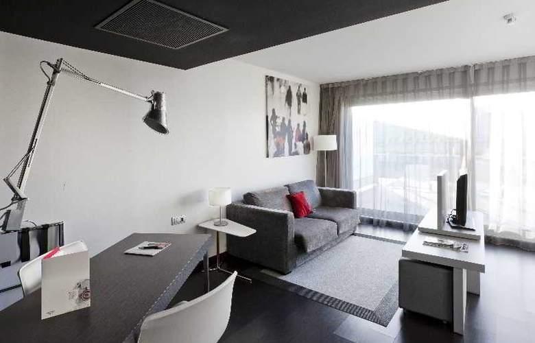 Ilunion Atrium - Room - 26