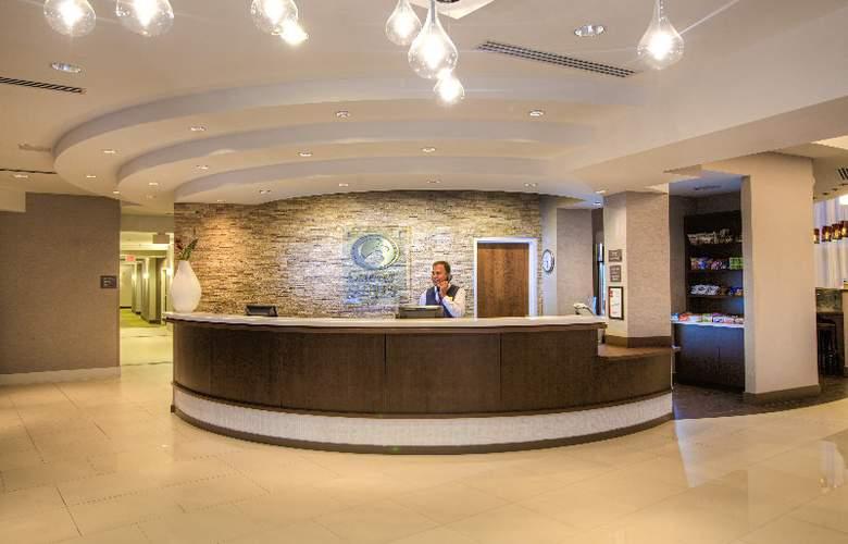 Comfort Suites Miami Airport North - General - 2