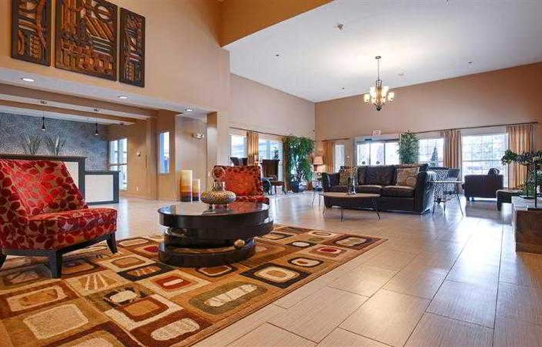 Best Western Plus Peppertree Auburn Inn - Hotel - 32