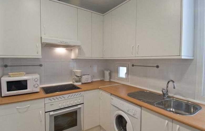 Fuencarral Apartments - Room - 3