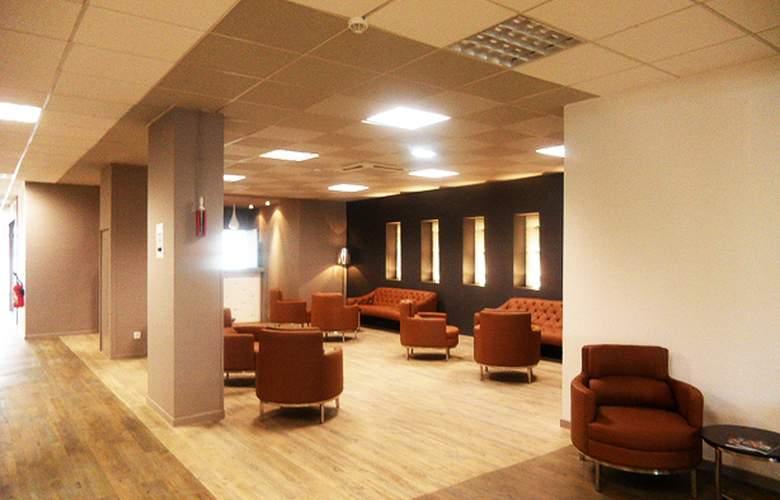 Adonis Hotel Avignon Sud - Hotel - 2