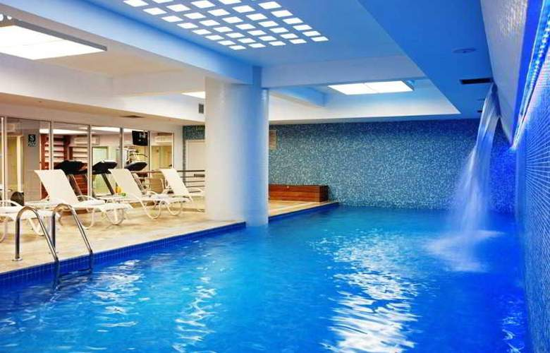 Novotel Lima - Pool - 3
