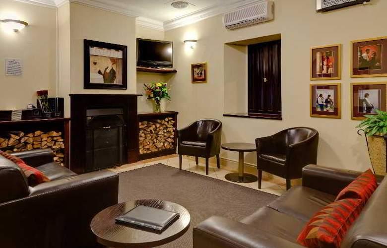 Protea Hotel Franschhoek - General - 2